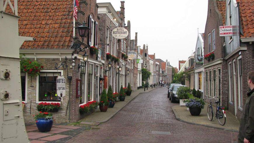 Маленькая голландия волендам и эдам