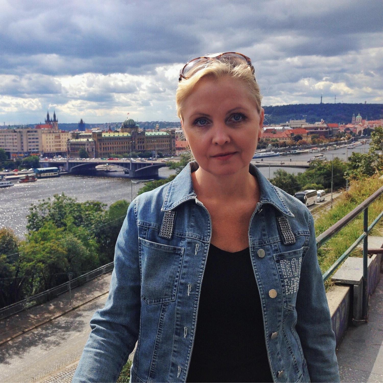 Частный гид экскурсовод по Праге Марина