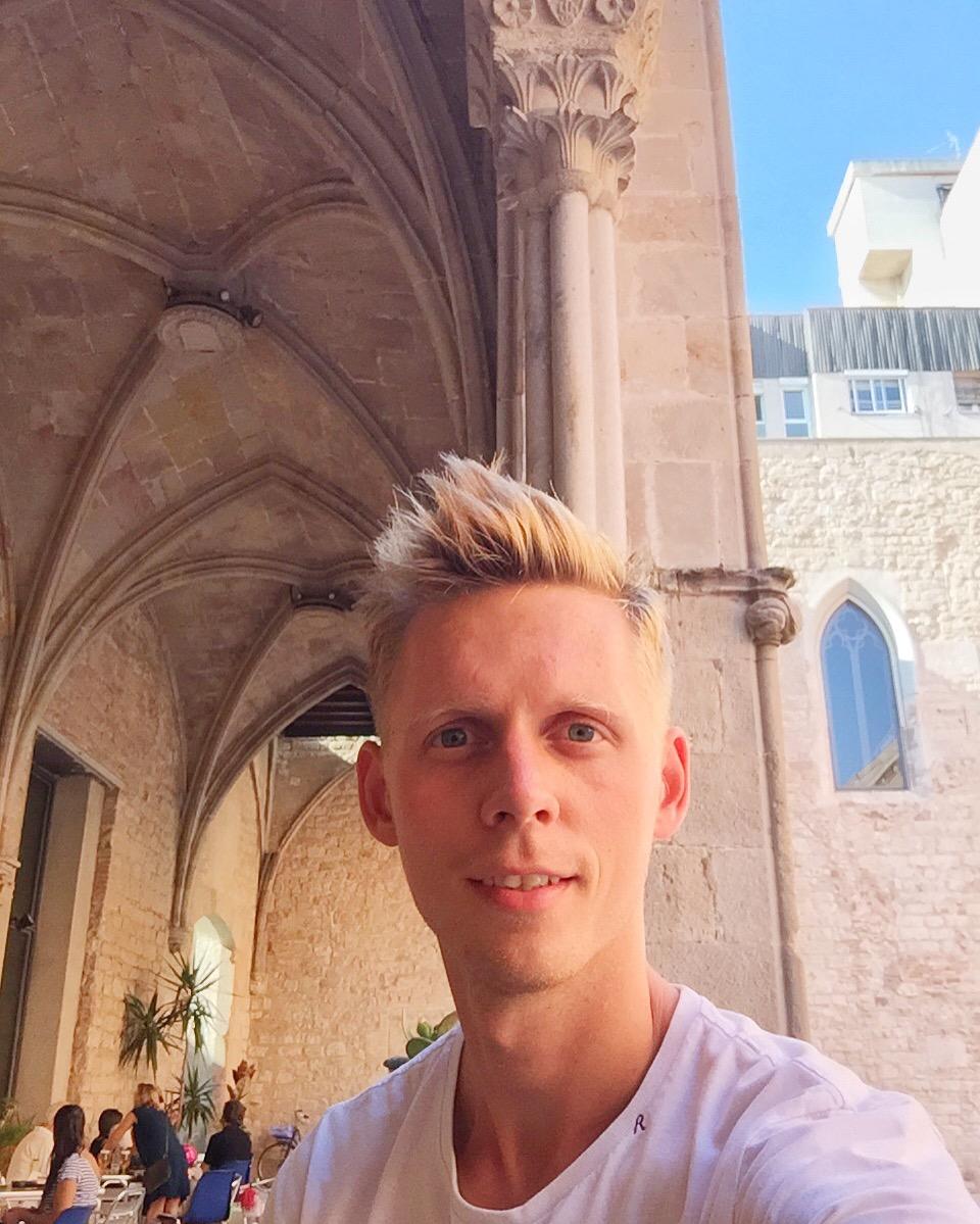 Частный гид экскурсовод по Барселоне Алексей