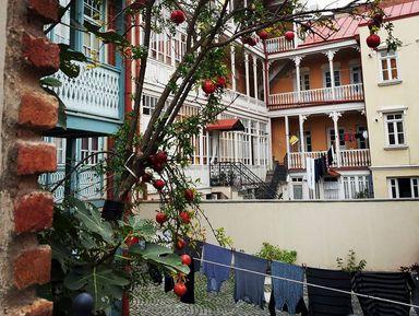 Старый и верный традициям Тбилиси