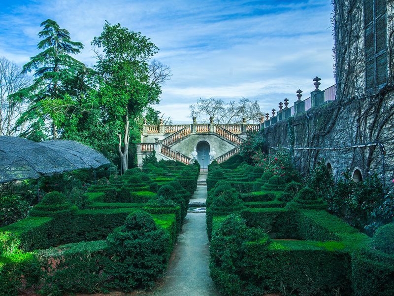 Экскурсия Парк-лабиринт д'Орта— зачарованный уголок Барселоны