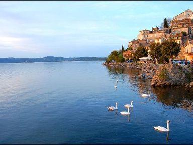 Озеро и замок: автопрогулка по римскому пригороду