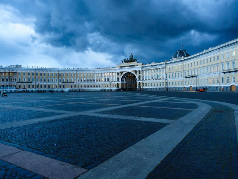 Ежедневная прогулка по Петербургу