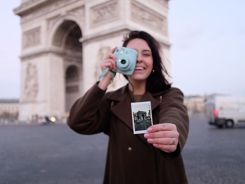 Экскурсия Сохранить Париж всердце— иснимках наполароид