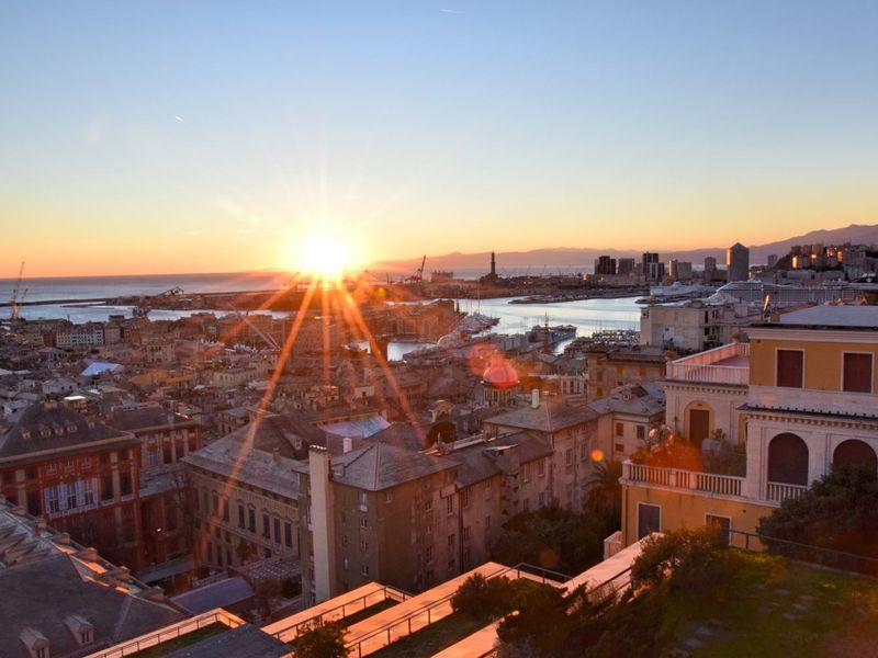 Вечерняя Генуя — архитектура и аперитивы