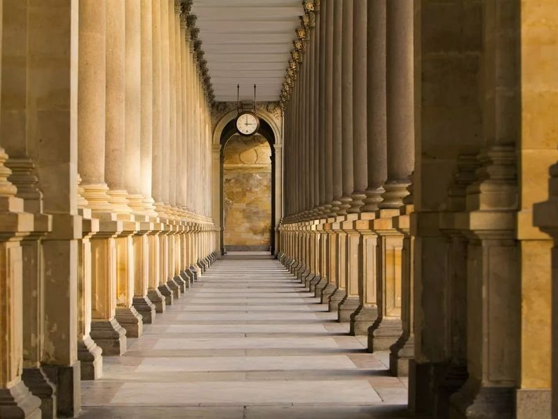 Прага — Карловы Вары: экскурсия в уютный город-курорт