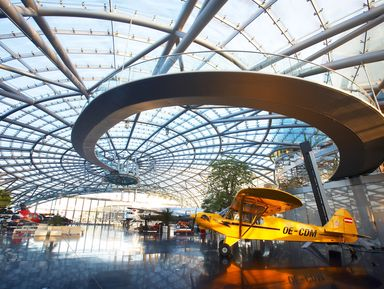 Ангар-7: легендарный комплекс Red Bull