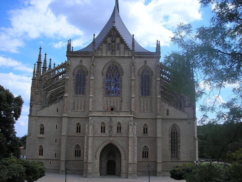Экскурсия Кутна гора, замок Штернберг и знаменитая Костнице