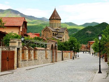 Монастырь Джвари, конная прогулка и улицы старого Тбилиси
