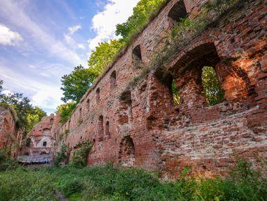 На внедорожнике — к руинам рыцарского замка!