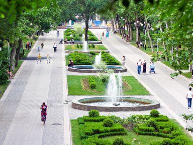 Поцентральной улице Краснодара