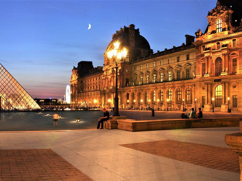 Экскурсия Первое посещение Лувра: вечер в музее