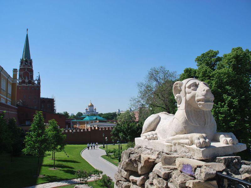 Экскурсия Экскурсия-квест для детей по Александровскому саду