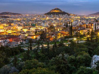 Рассвет в Афинах и старый город Плака