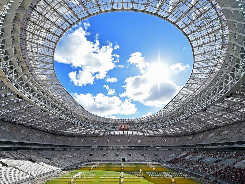 Экскурсия Стадион «Лужники»: экскурсия + подъем на крышу