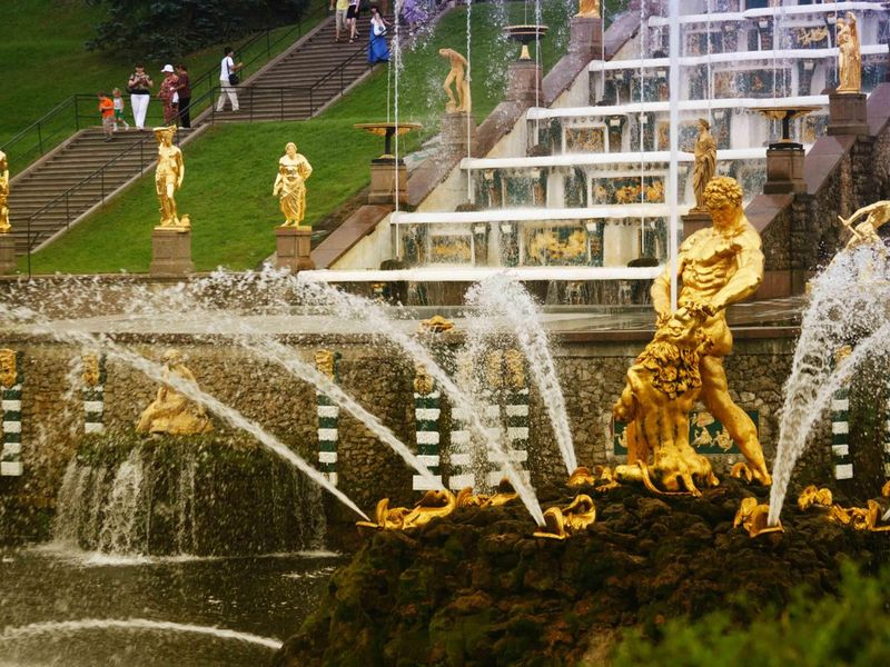 Экскурсия Летят алмазные фонтаны Петергофа