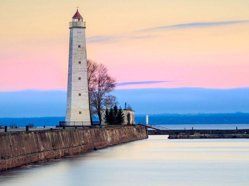 Экскурсия Весь Кронштадт, форт «Великий князь Константин» имузей маяков