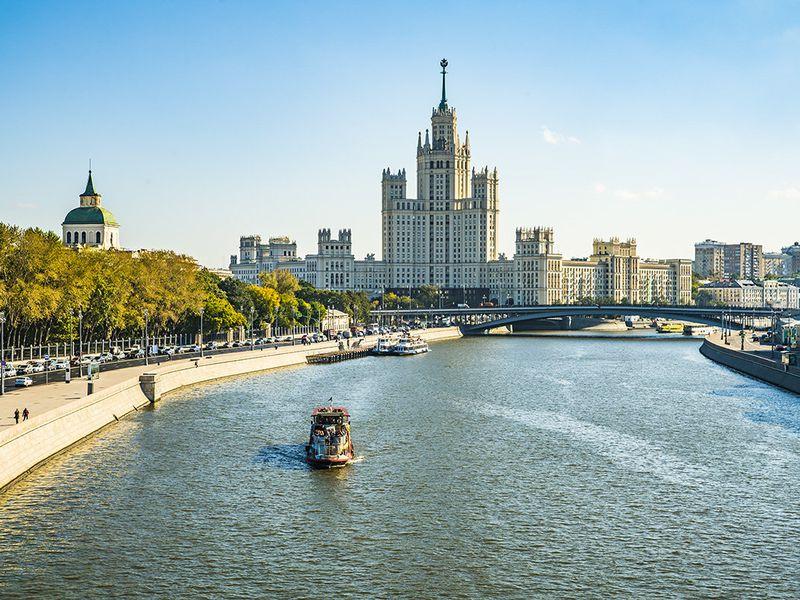 Экскурсия Обзорная теплоходная прогулка по Москве