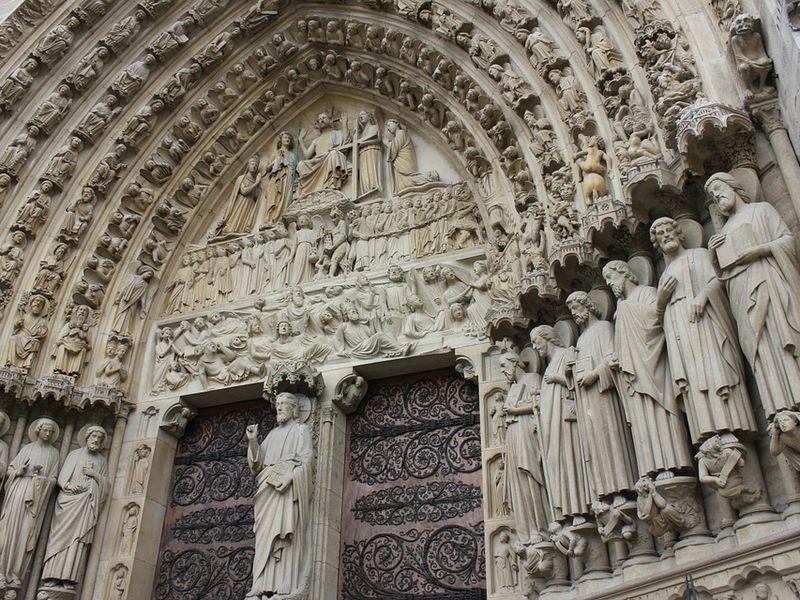 Экскурсия Нотр-Дам де Пари — cимфония в камне