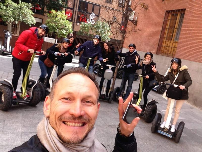 Экскурсия Обзорная экскурсия на сегвеях по Мадриду