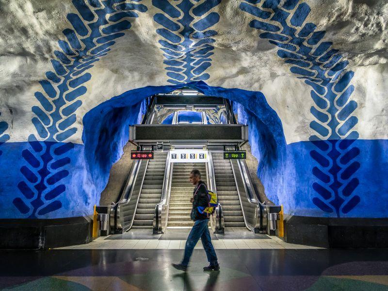 Экскурсия Стокгольмское метро – волшебная подземная пещера!