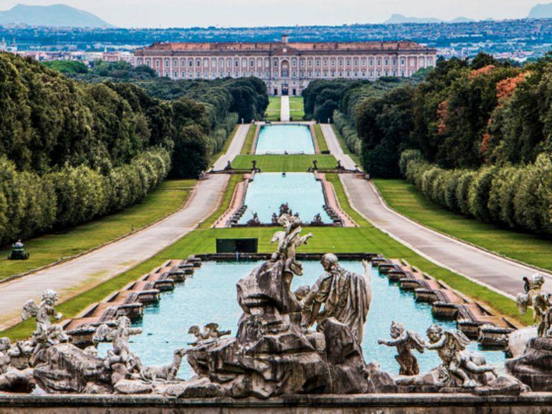 Экскурсия Королевский Дворец в Казерте — масштабный аналог Версаля