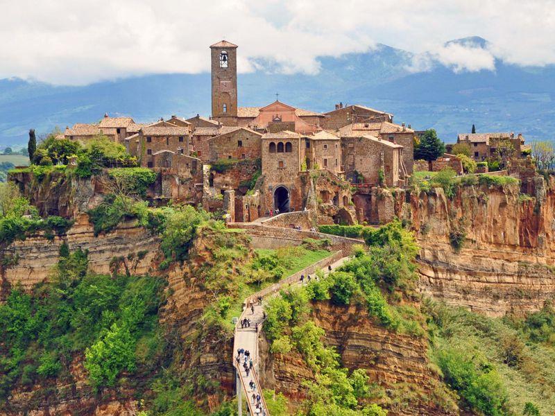 Экскурсия Чивита ди Баньореджо — покинутый город