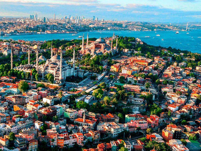 Экскурсия Европейский иАзиатский Стамбул наавто + круиз поБосфору