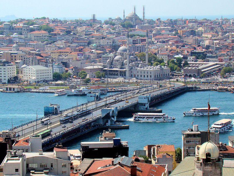 Онлайн-прогулка по колоритному Стамбулу в реальном времени