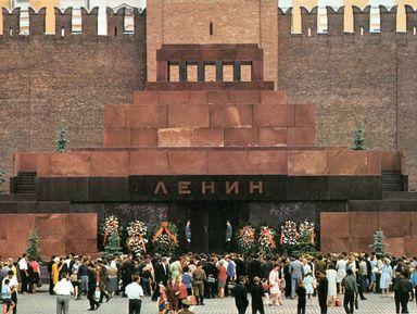 Тайны Кремлевского некрополя и Мавзолея Ленина
