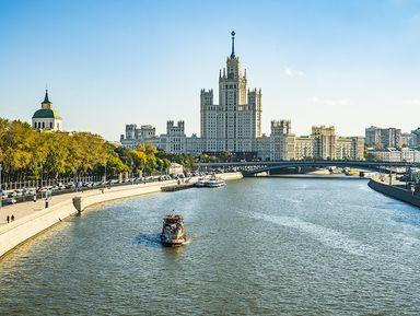 Обзорная теплоходная прогулка по Москве