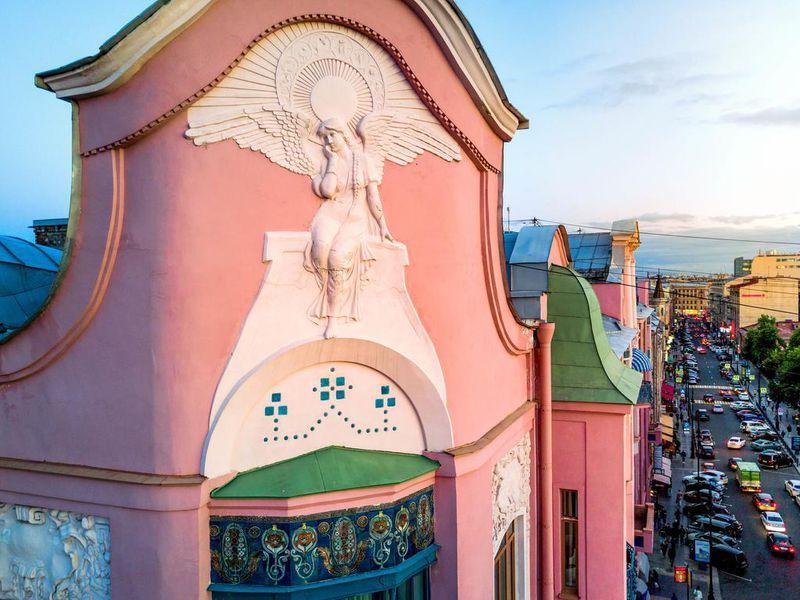 Экскурсия ОтНевского доКирочной— город вгороде