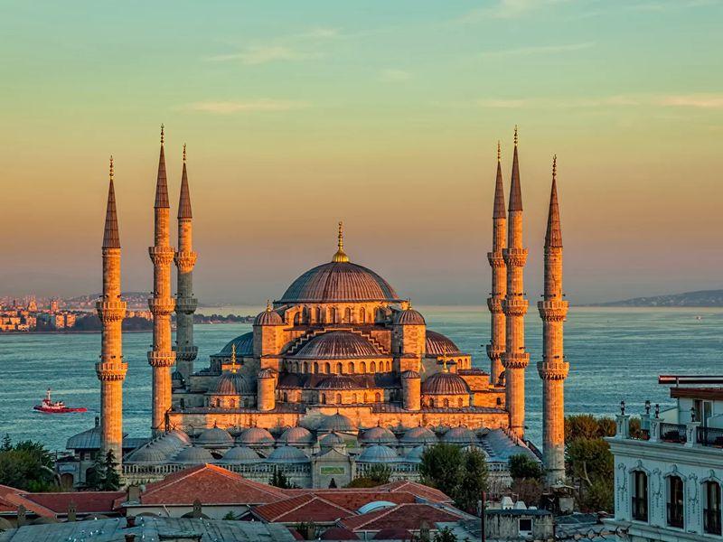 Открыть Стамбул за один день: путешествие из Белека