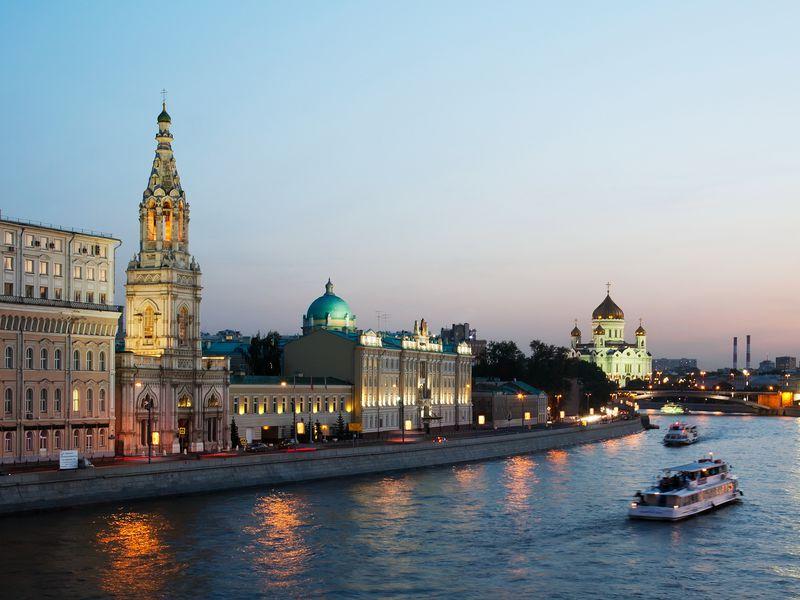 Экскурсия Московские истории любви на теплоходе
