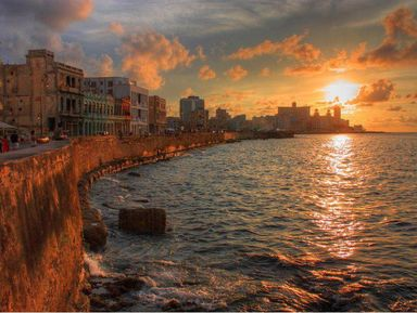 Прогулка по набережной Малекон на закате солнца