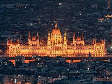 Ночь. Замок. Буда