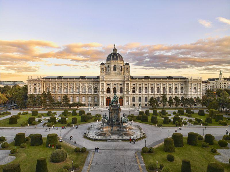 Вечер в венском Музее истории искусств