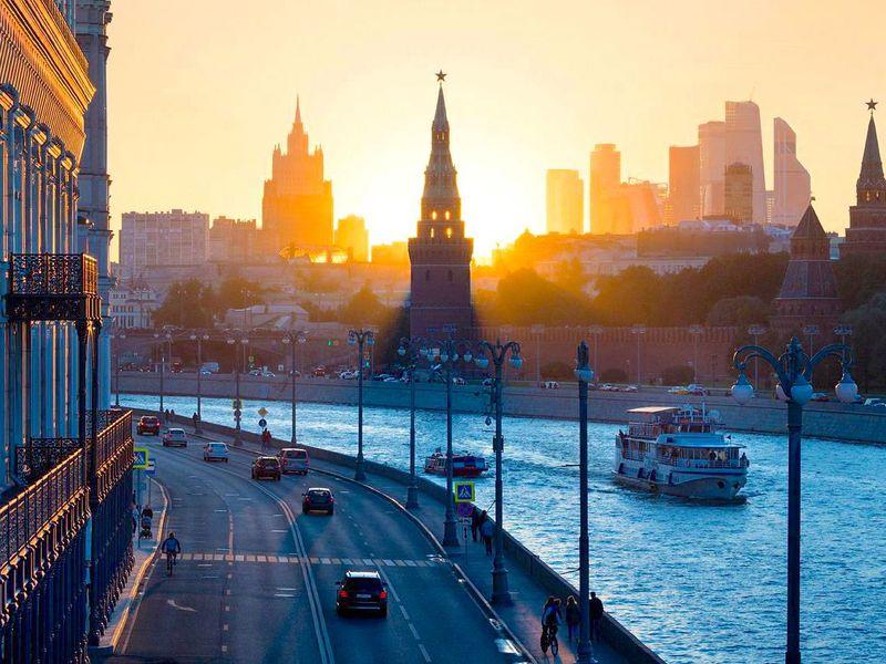 Экскурсия Кремлёвские виды— снабережных имостов