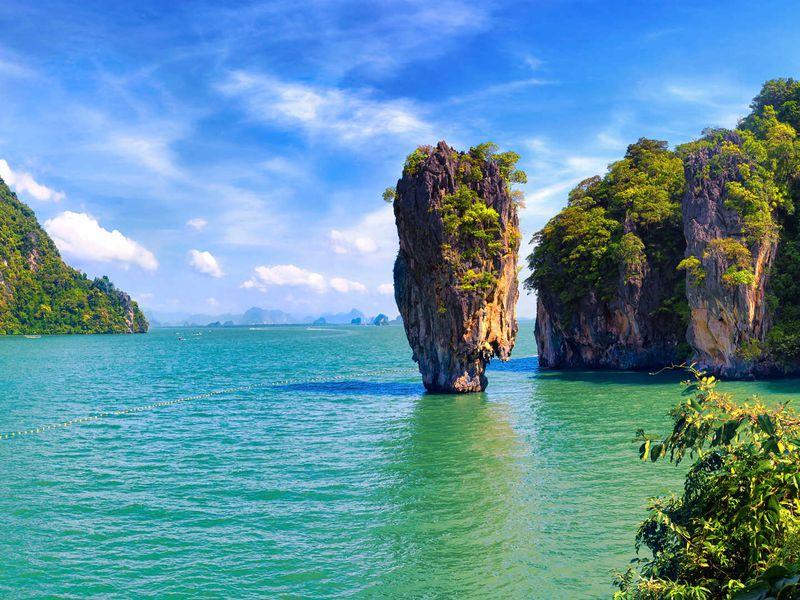 Джеймс Бонд и другие острова Пханг-Нга