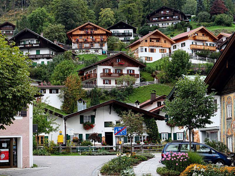 Экскурсия Линдерхоф иочарование Альп: поездка изМюнхена
