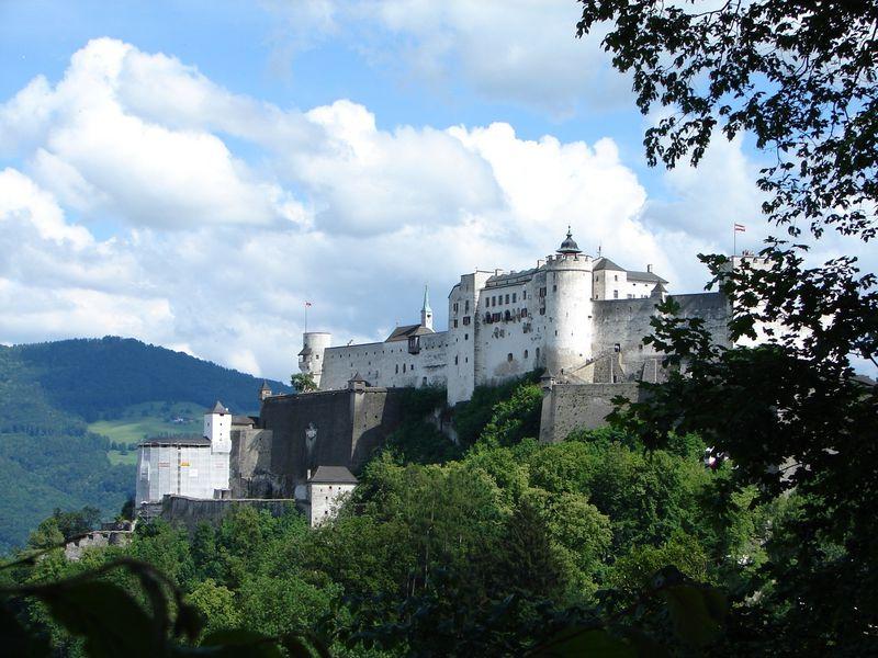 Крепость Хоэнзальцбург: жизнь длиной в тысячелетие
