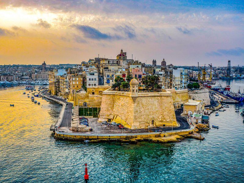 Из Набережных Челнов на Мальту