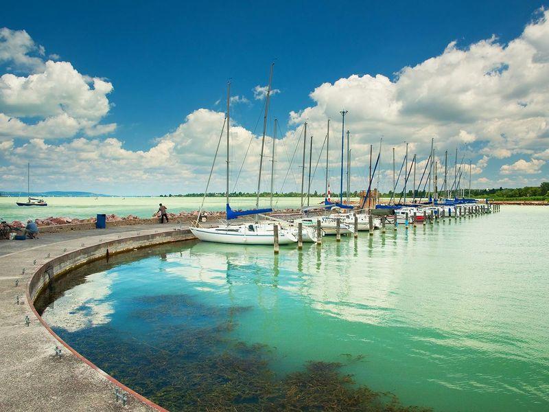 Экскурсия К Венгерскому морю и лечебному озеру Хевиз