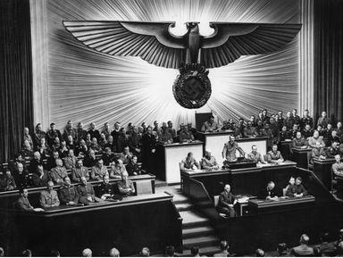 Как Гитлеру удалось подчинить целую нацию