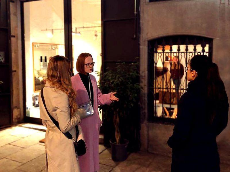 Экскурсия Модная дюжина Борна — прогулка со стилисткой