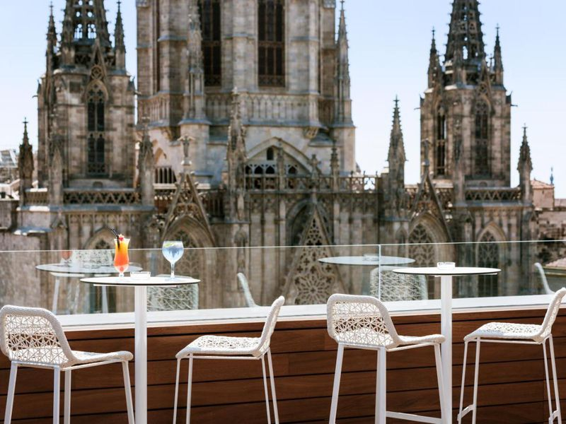 Экскурсия По крышам и террасам Барселоны