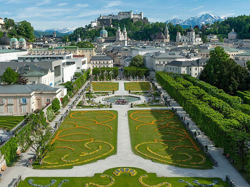 Зальцбург: путешествие во времени под кофе «Моцарт»