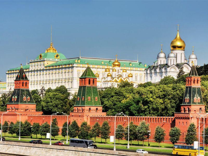 Экскурсия Московский Кремль с гидом-историком. Билеты включены