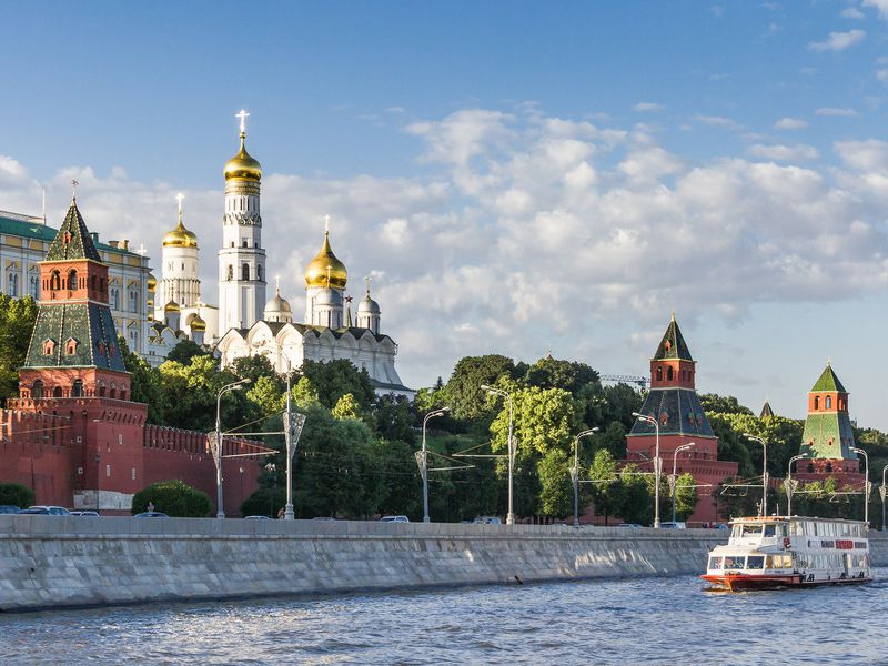 Экскурсия Ежедневная прогулка поМоскве-реке натеплоходе