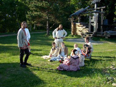 Мастер-класс по деревенскому русскому пению поселенцев Прибакалья в Сибири